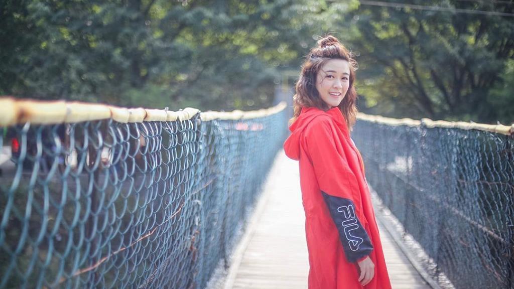 【新冠肺炎】江嘉敏口罩放入手袋打算重用 被護理系畢業女藝人直指冇衛生意識