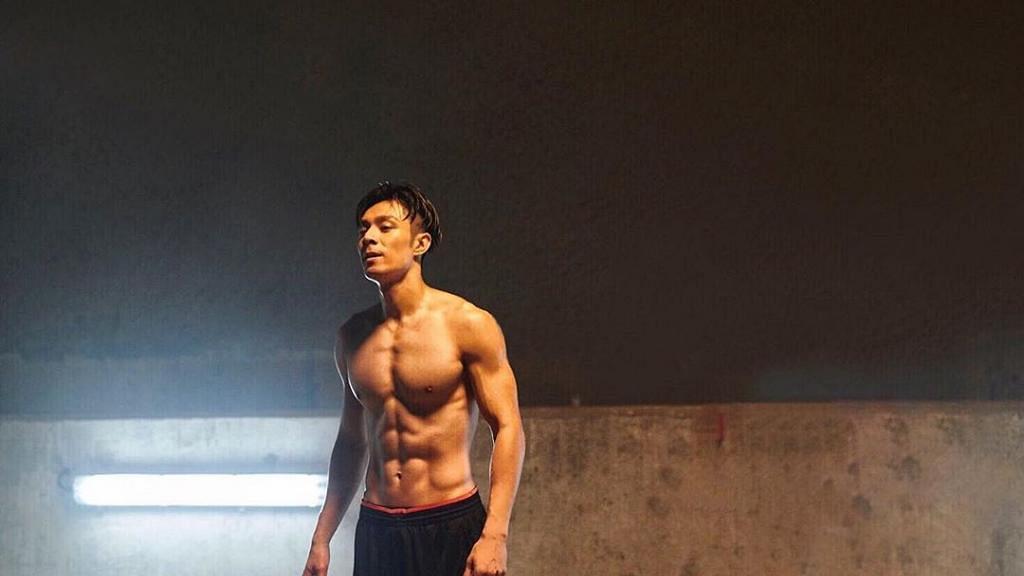 【新冠肺炎】周柏豪為避肺炎不出門 留家7天不忘運動健身 家中gym房曝光
