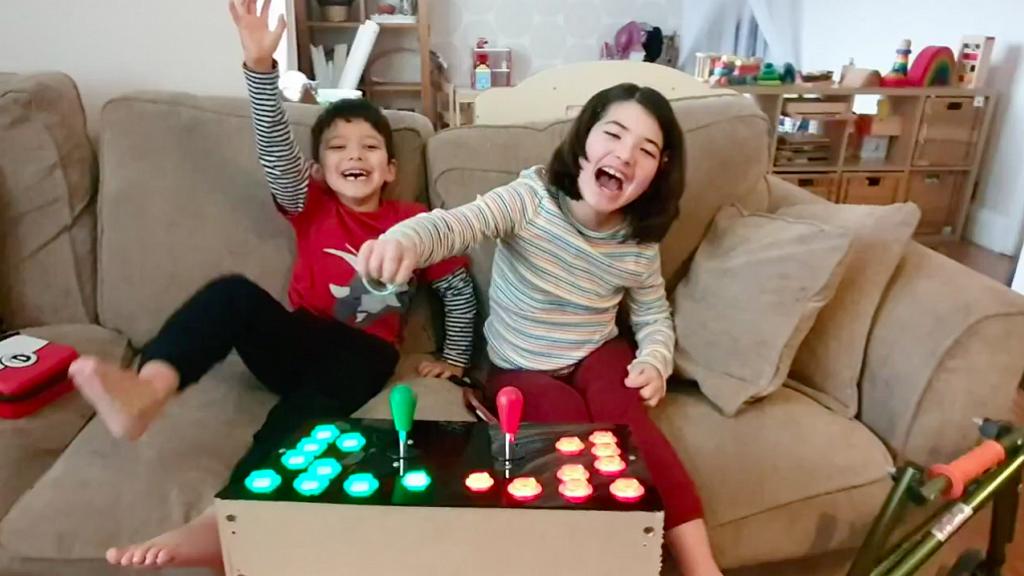 【Switch】為求殘疾女兒可以打機展露笑容 爸爸親手改造Switch手制超驚喜
