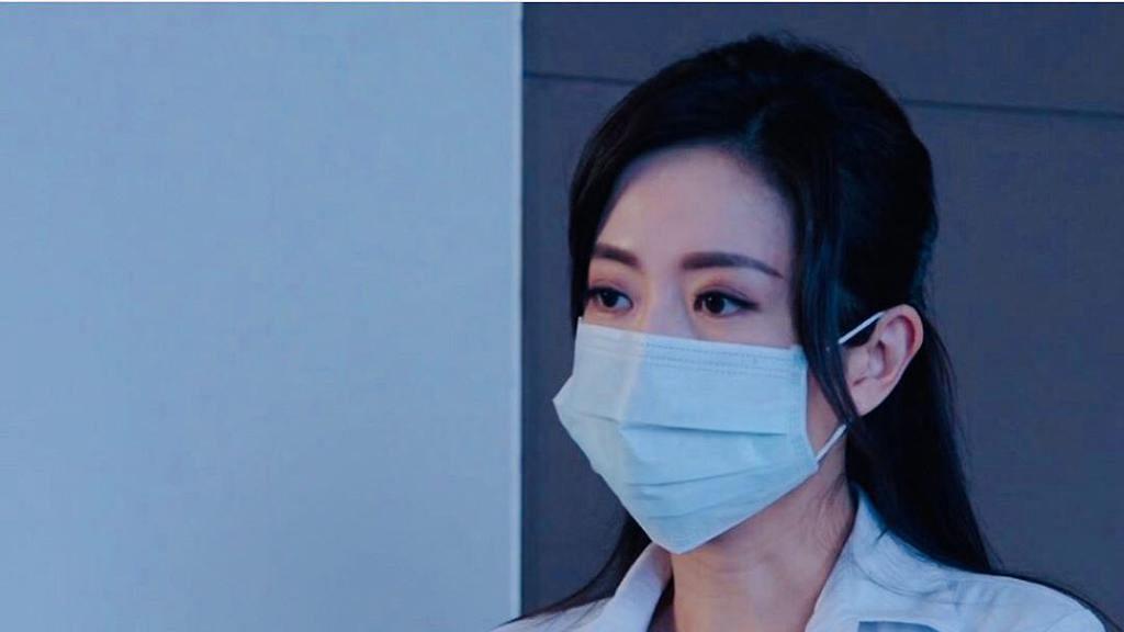 【新冠肺炎】台灣醫生教你慳口罩 同一般口罩搭配使用 外科口罩可以用2至3天