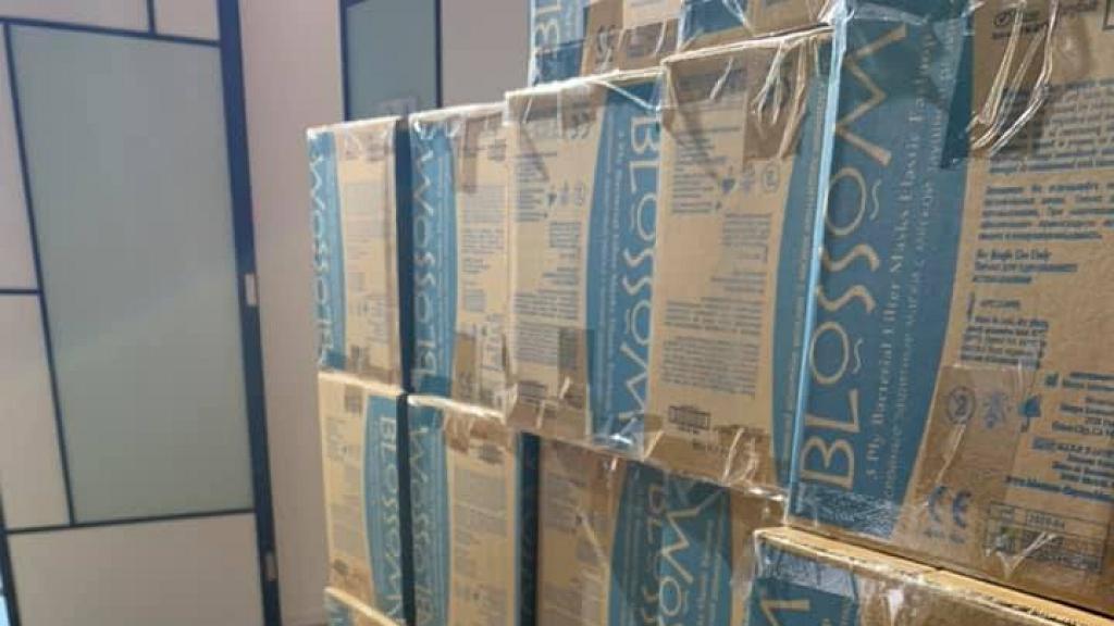【派口罩】杜汶澤第二批口罩到貨 10000個口罩送去青衣長康邨