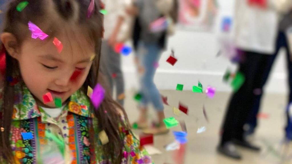 陳冠希秦舒培為3歲囡囡慶生 搞生日會兼舉行畫展大騷Alaia藝術天賦