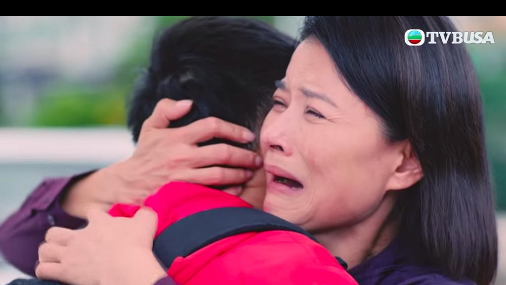 【法證先鋒IV】蘭姨剖白悲慘過去哭戲令人心酸 黎燕珊現實中母兼父職養大子女