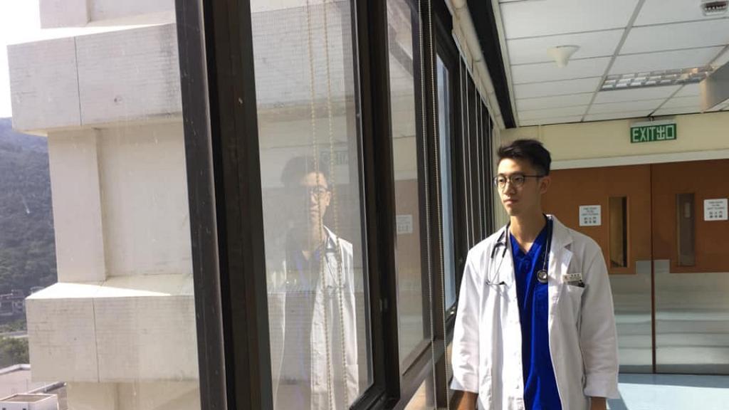 【新冠肺炎】面對病者死亡慨嘆生命無常 90後實習醫生寫定遺書上前線抗疫