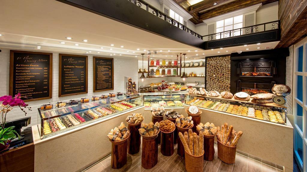 尖沙咀法國餐廳有老鼠淡定偷食麵包 涉事餐廳致歉:一連4日暫停營業進行大清潔