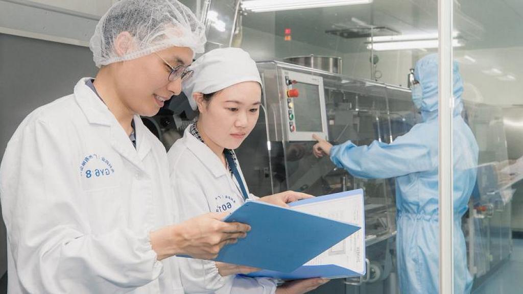 【買口罩】李氏大藥廠設口罩生產線 月產200萬口罩全數供應香港