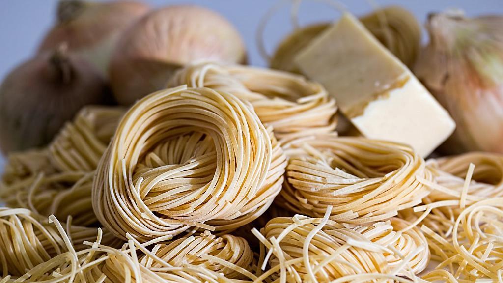 市面上大多即食麵經油炸脂肪含量高! 營養師推薦10大低脂即食麵排行榜