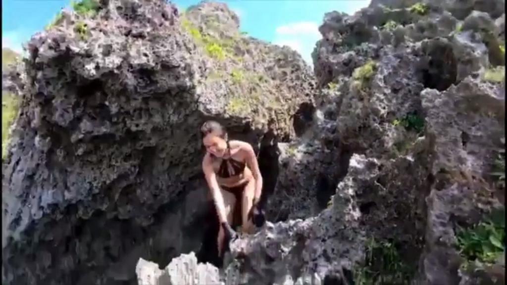 麥明詩身穿性感比堅尼徒手攀岩 從高處跳入水中被讚勇敢:齋睇都出手汗