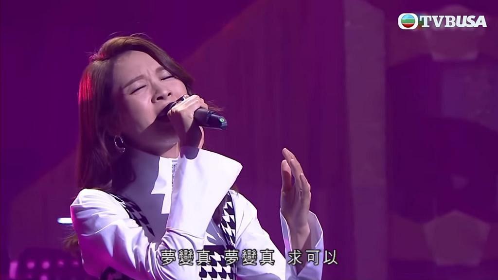 李佳芯曾唱《小幸運》被封魔音 首度電視公開演唱高音歌 網民:進步咗好多