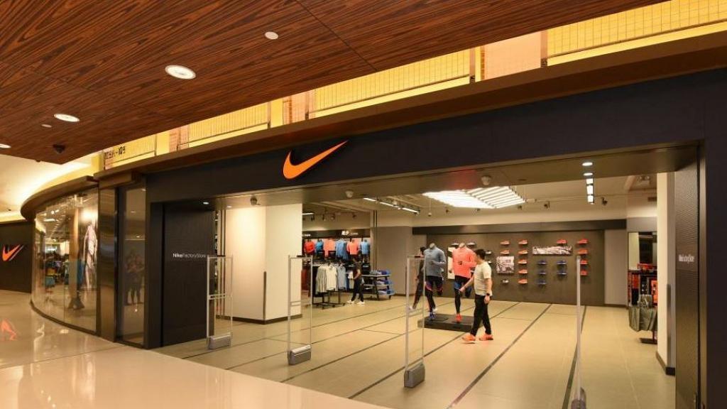 【新冠肺炎】Nike宣佈捐贈14萬件物資!3萬對波鞋印上Hope字眼 為醫護人員打氣