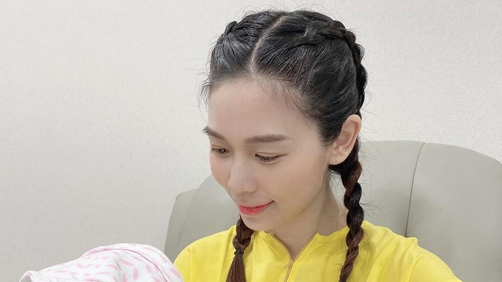 楊秀惠首度公開孕照身材依然勁Fit 朱千雪激讚:點解大肚都可以咁靚