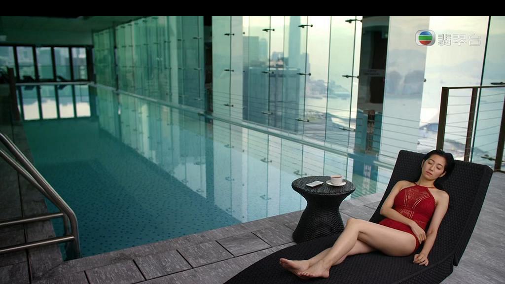 【那些我愛過的人】38歲陳自瑤紅色泳衣登場 人妻依然火辣成全集焦點