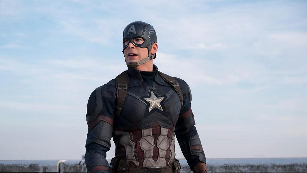 傳荷里活男神Chris Evans擺脫單身!美國隊長被爆與「灰姑娘」女星酒店密會