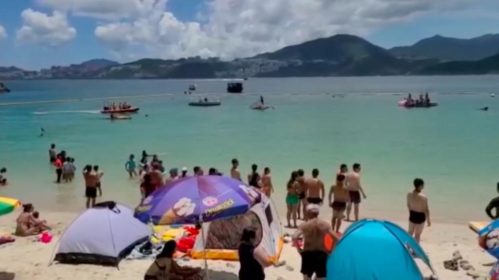 【新冠肺炎】疫情下市民硬闖沙灘除口罩玩 港九拯溺工會:多個泳灘已進行封閉