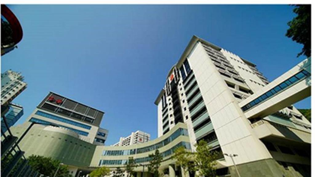 【香港疫情】本港新增125宗確診 單日5病人離世 明愛醫院內科醫生確診