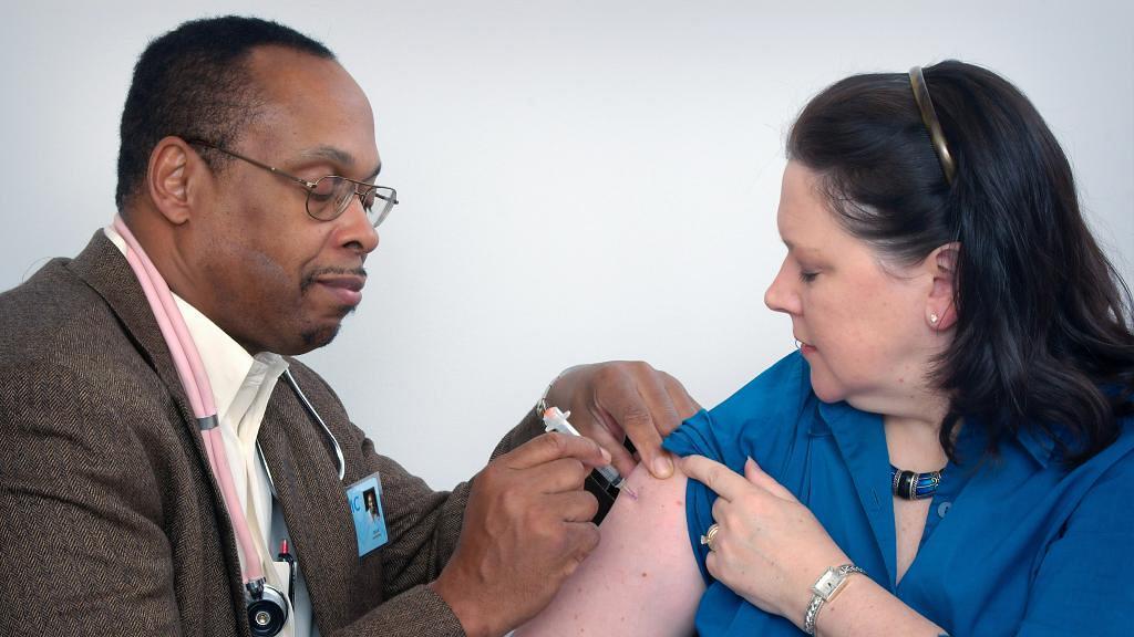 【新冠肺炎】打疫苗前可能要先減肥!專家警告新冠疫苗或對肥胖人士無效