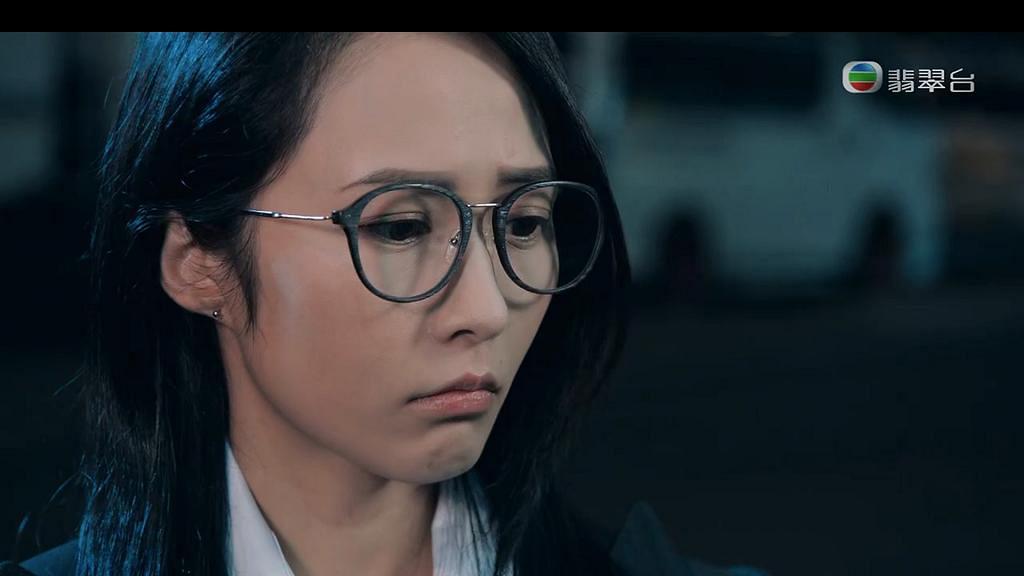 【反黑路人甲】「芷珊」湯怡形象入屋成最美眼鏡娘 從《美女廚房》靚足14年