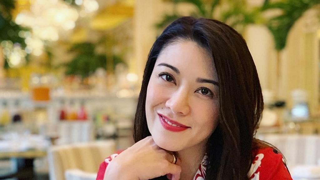 傳41歲廖碧兒明年嫁百億身家富二代 未婚夫盧啟賢被英媒封為聞所未聞的巨富