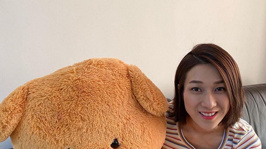 鍾嘉欣返港拍劇與家人分隔兩地多月 為家中添置親子床有意接仔女來香港團聚