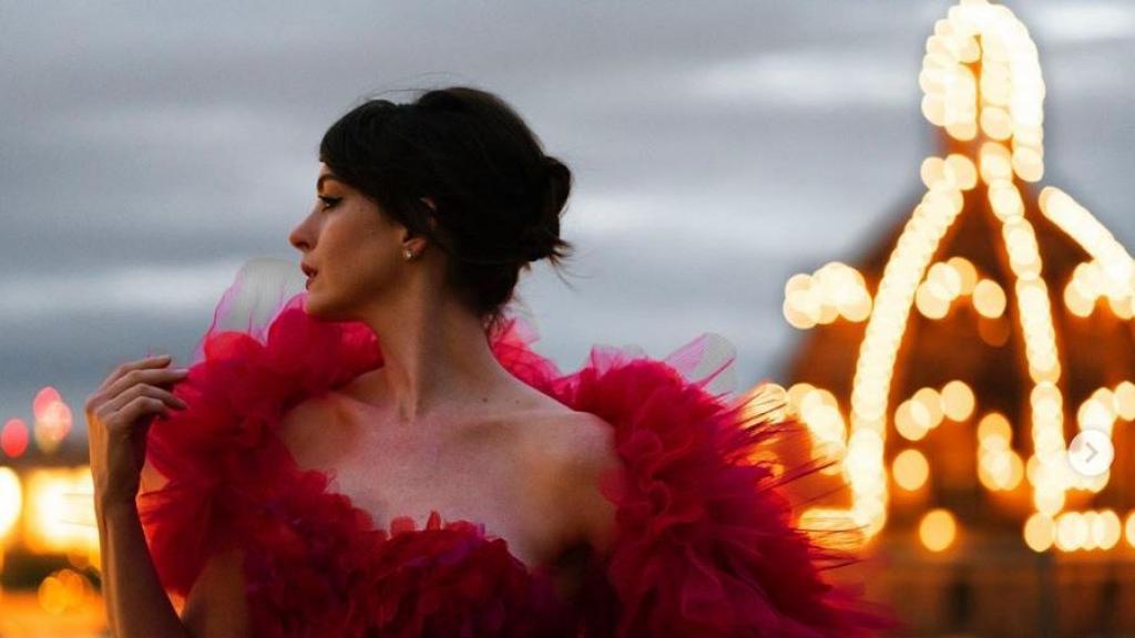 《怪誕黑巫后》受疫情影響美國改於串流平台播放 安夏菲慧Anne Hathaway自製一人紅地氈仙氣滿瀉