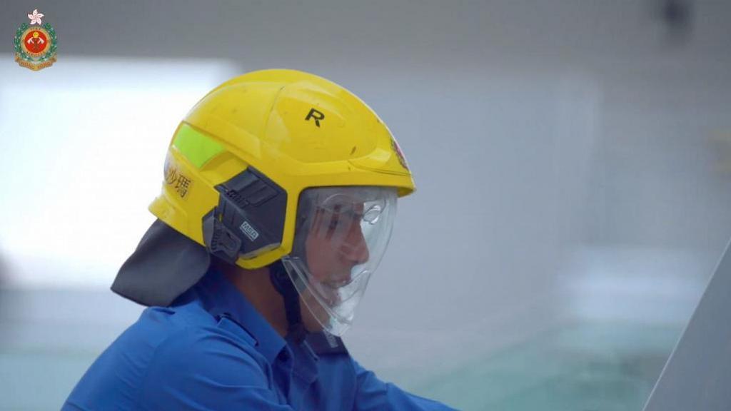 香港土生土長少數族裔青年自小夢想救急扶危 巴基斯坦裔消防員克服困難正式出班