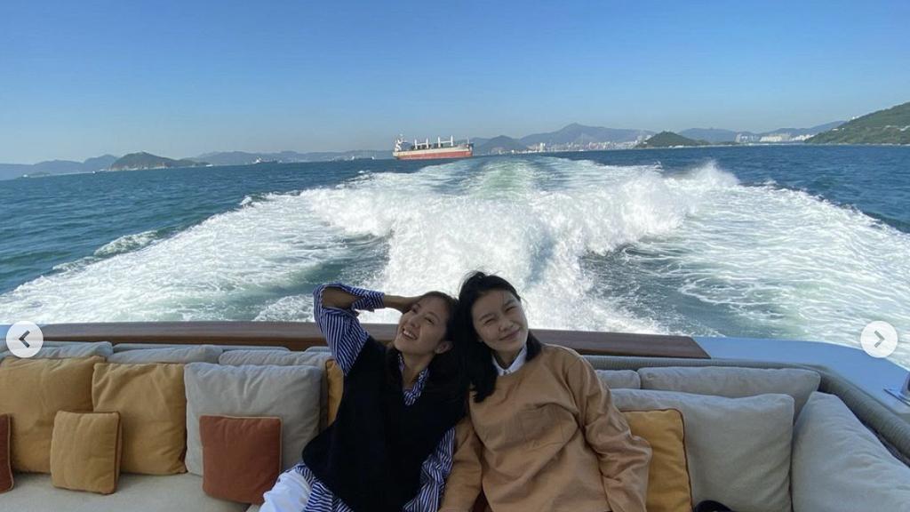 黃翠如帶細妹與唐詩詠出海被網民讚清純可愛 餅印五妹曾擔任Youtube短片女主角