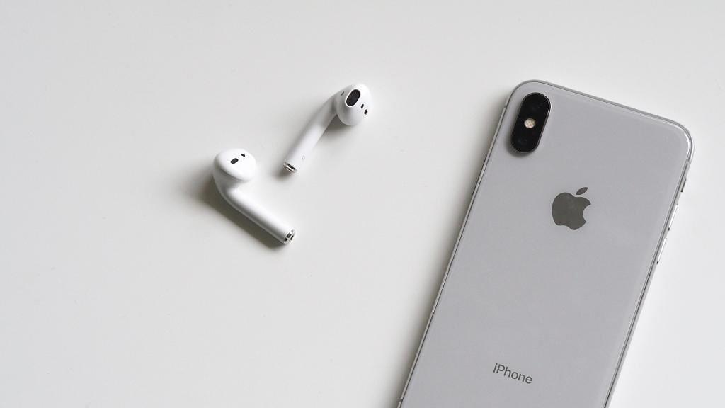 耳筒用1個鐘暴增700倍細菌 清潔AirPods耳垢塵污過程勁療癒