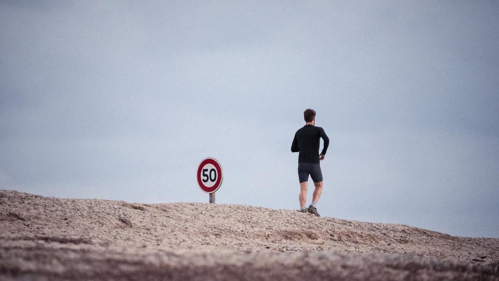 男子同老婆鬧交嬲到離家出走 徒步行450公里等於半個意大利 仍不失霸氣:無嘢喎,攰咋嘛