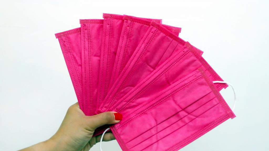 【口罩】彩色口罩含偶氮染料恐引致癌 2款口罩驗出超標台灣將嚴查罰款