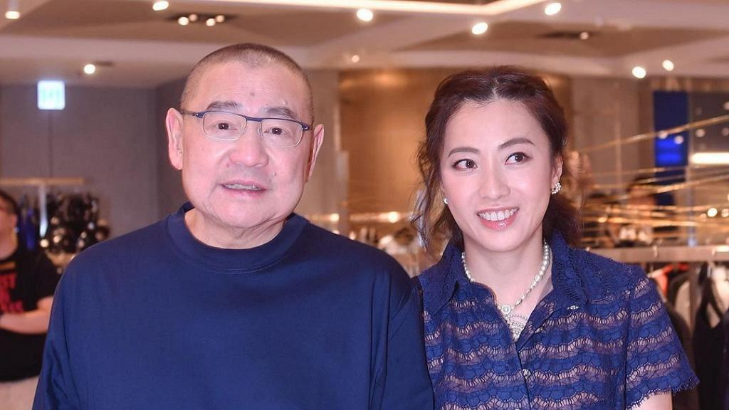 劉鑾雄甘比出手闊綽疫市下豪派加碼利是 華人置業員工獲開工利是人人收$5000
