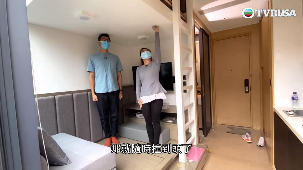 【東張西望】納米樓爆蝕讓潮 兩公婆住177呎單位上床瞓覺撞爆燈 網民睇完大嘆:好唔人道
