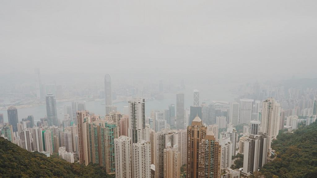 天文台指雲帶漸轉薄星期五天氣晴朗溫暖 預料週末有陽光下週二起潮濕有薄霧微雨