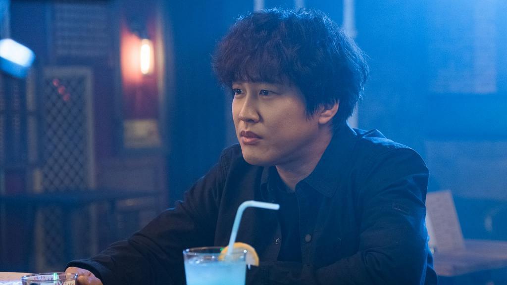 【法外搜查】男主角車太鉉演熱血刑警笑料百出 現實中妻子是初戀女友 從一而終愛足28年