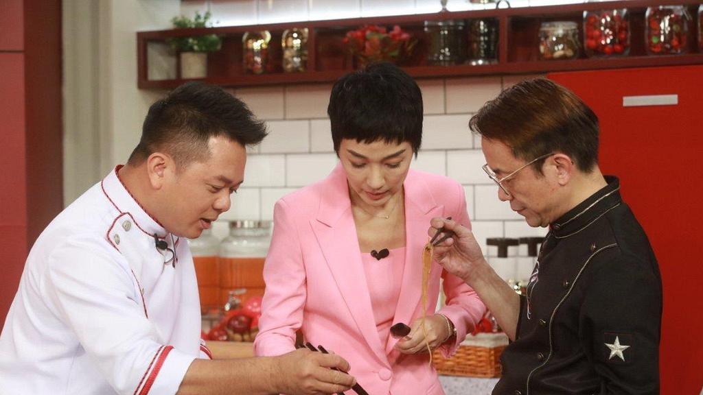TVB緊急撤回「限廚令」救亡收視 又搞真人騷無限翻炒鼎爺肥媽烹飪節目 大股東曾狠批日日煮餸