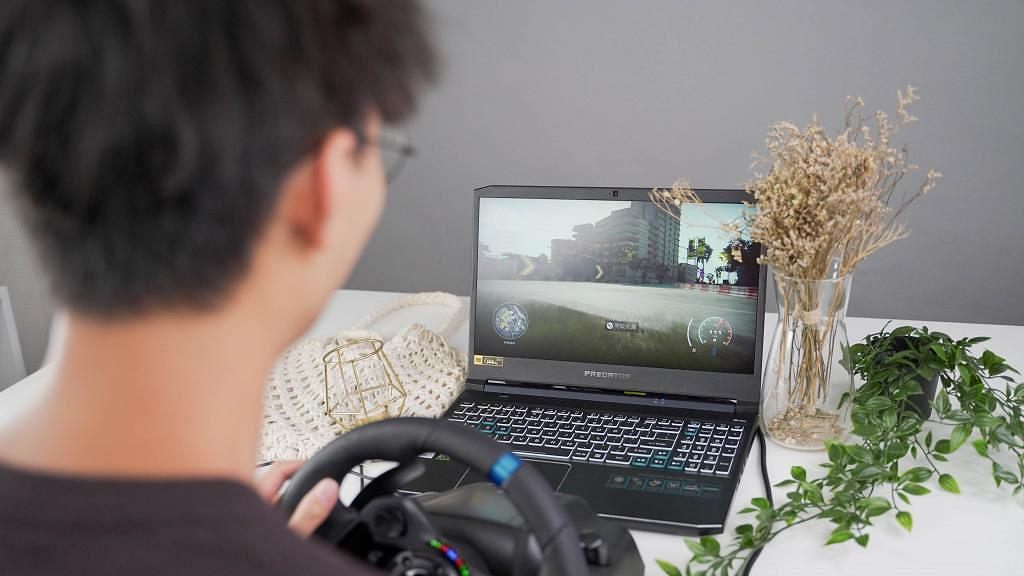 開箱Logitech G923賽車模擬套裝+DRIVING FORCE變速器!Trueforce極擬真震動 家中享受極速奔馳