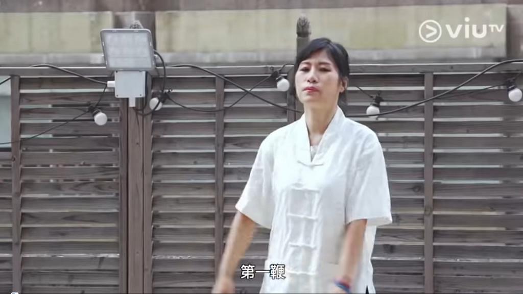 【七救星】七師傅親身示範「七連閃電鞭」練霸氣 搞笑事認真做被網民大讚:幾時開棟篤笑