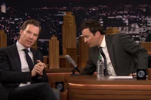 Benedict Cumberbatch上節目唱歌變魔術 網友:完美男神