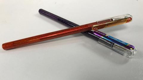 一筆2色!實測Pentel新出雙色筆