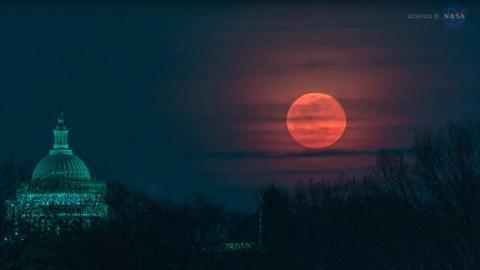 超罕見1月底同登場!超級月亮+藍月+月全食
