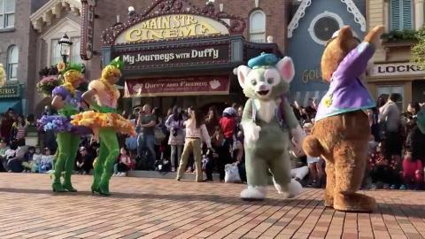 迪士尼演藝人員超敬業! 暈低離場唔除頭套保童話形象