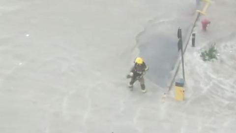 【颱風山竹】山竹襲港威力強勁  消防員冒強風雨盡責保護市民