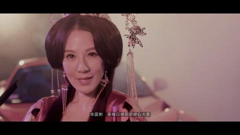 康華47歲轉型做歌手成「港版謝金燕」 感激好閨密佘詩曼資助拍海報圓夢