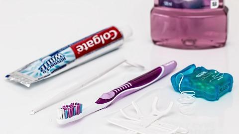 美國研究指部分牙線含潛在有毒物質 長期使用或令體內毒素增加