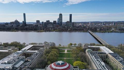 【復仇者聯盟4】名校MIT圓頂變成美國隊長盾牌 獲演員Chris Evans本人大讚