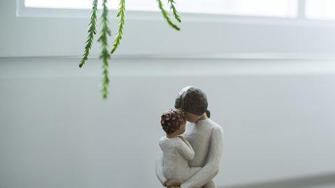 單親媽媽母親節急病離世遺一枱飯餸 兒子後悔忙於工作不回家慶祝 哭成淚人