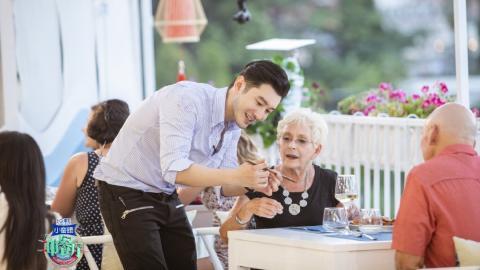 【中餐廳3】黃曉明去意大利開餐廳 中英餐牌錯漏百出 網民:丟架丟出國際