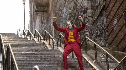 【JOKER小丑】威尼斯影展首映後全場鼓掌8分鐘 新小丑獲讚媲美《黑夜之神》版