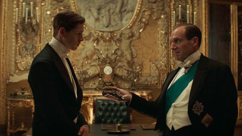 【皇家特工:第一任務】揭開King's Man組織起源 小鮮肉學做優雅英倫紳士特務
