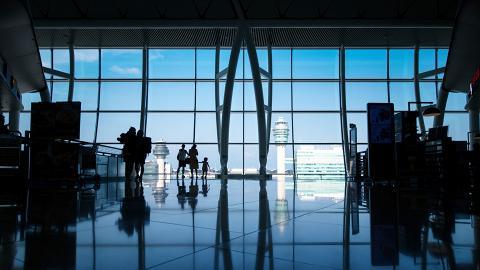 香港國際機場二號客運大樓T2暫時關閉預計2024年重開!航班登機新安排一覽