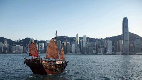 旅發局公布10月訪港旅客數字 連續第4個月下跌 內地旅客按年大減近50%